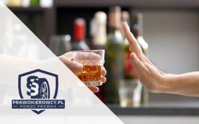 Jazda po użyciu alkoholu i w stanie nietrzeźwości. Ile, co i kiedy wypijesz i nie będziesz mógł prowadzić?